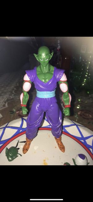 S.h. Figuarts dragon ball z custom piccolo action figures for Sale in Perris, CA