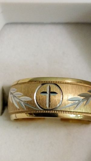 SIZE 6 14K YELLOW GOLD BAND for Sale in Leesburg, VA