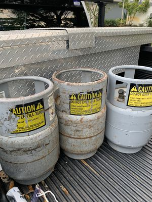 Forklift vertical propane gas tanks for Sale in Seminole, FL