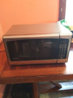 Danby stainless steel microwave for Sale in Cleveland, OH