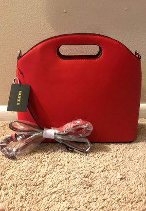 Forever 21 red crossbody bag for Sale in Washington, DC