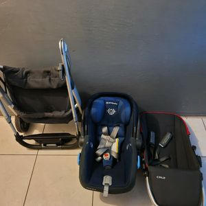 GREAT CONDITION UPPABABY TRAVEL SYSTEM STROLLER for Sale in Miami, FL