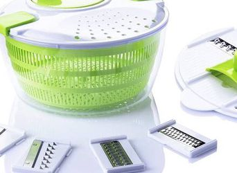 7 in 1 Multifunction Kitchen Gadget set 4L Salad Spinner Vegetable Dryer Grater Slicer for Sale in Pomona,  CA