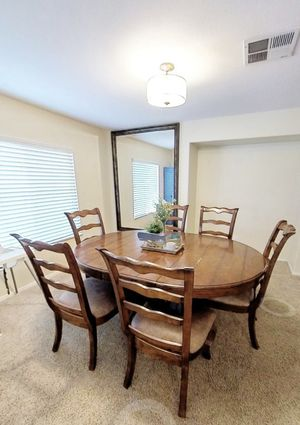 Dining Table (6 chairs) for Sale in Winchester, CA