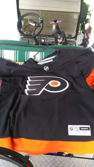 FLYERS 2017 JERSEY STADIUM JERS for Sale in Davenport, FL