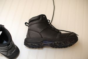 MENS CINTAS 6 INCH WORK BOOTS BLACK SIZE 9M for Sale in AUBURN, WA