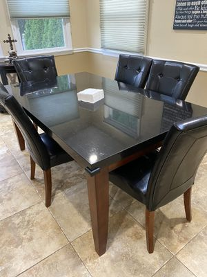 Kitchen table for Sale in Massapequa, NY