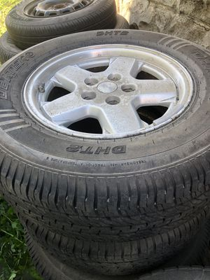 Jeep Liberty Rims And Tires for Sale in Chelsea, MA