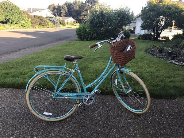 Public beach cruiser bike