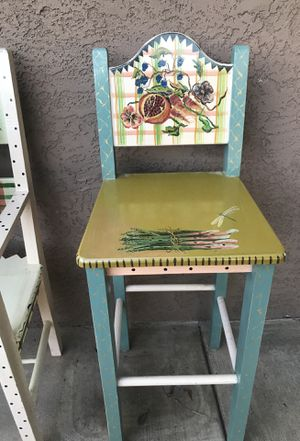 Beautiful set (2) antique chairs with lamp...Stone house farm goods 1996 hand paint for Sale in Goodyear, AZ