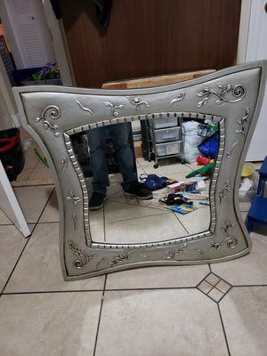 Beautiful mirror for Sale in Miami, FL
