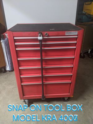 SNAP ON TOOL BOX MODEL KRA4007. Comes with seven drawers all with liners and smooth rollers. 4 casters, 2 fixed and 2 lockable swivel casters. for Sale in Ontario, CA