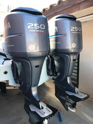 Yamaha 2005 250HP four stroke outboard for Sale in Miami, FL