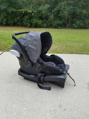 Evenflow car seat and stroller for Sale in Milton, FL