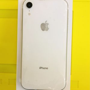 APPLE IPHONE XR, 64GB, FACTORY UNLOCKED for Sale in Indianapolis, IN