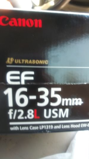Canon ultrasonic EF 16 - 35 mm f/2.8L USM brand new never used $500.00 obo. Serious buyers only for Sale in Phoenix, AZ