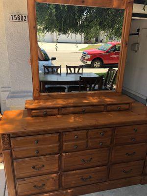 Oak Bedroom Dresser Set for Sale in Redwood City, CA