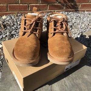 Neumel Ugg Boots for Sale in Silver Spring, MD