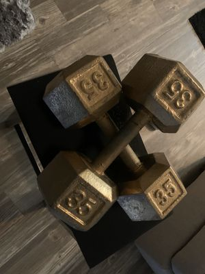 GOLD 35LB DUMBBELLS ( SOLD AS PAIR ONLY ) for Sale in Tulsa, OK