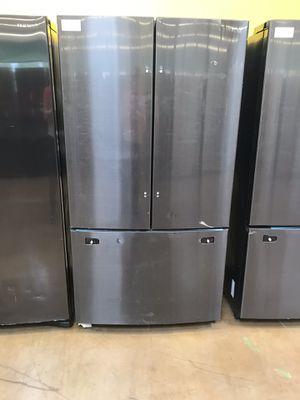 Samsung French Door Refrigerator for Sale in Bassett, CA