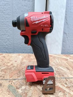Milwaukee M18 FUEL 18-Volt Lithium-Ion Brushless Cordless 1/4 in. Hex Impact Driver (Tool-Only for Sale in Snohomish,  WA