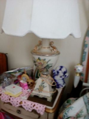 Beautiful 30 inch high lamp with shade for Sale in Cleveland, OH