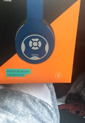 Bluetooth headphones for Sale in Raleigh, NC