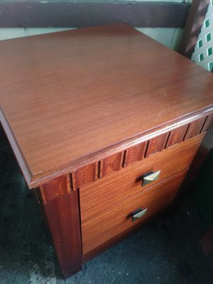 FREE NIGHT STAND ( pending pick up) for Sale in Santa Ana, CA