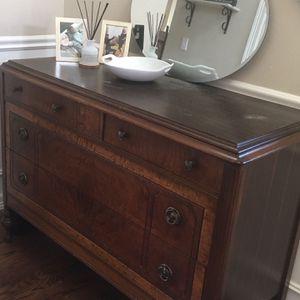 Vintage Dresser for Sale in Kent, WA