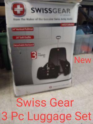 Three Pc Grey Swiss Luggage Set for Sale in Norfolk, VA