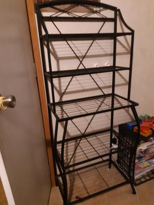 Bakers Rack for Sale in Somerset, TX