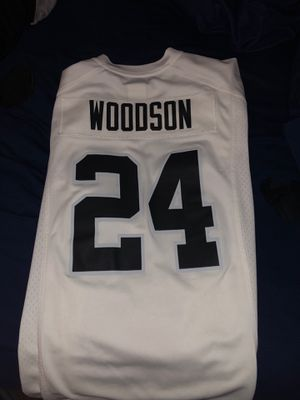 Raiders Jersey (brand new) for Sale in Las Vegas, NV