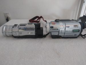 2Video Cameras with Case for Sale in Brandon, FL
