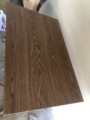 Office table for Sale in Lansing, MI