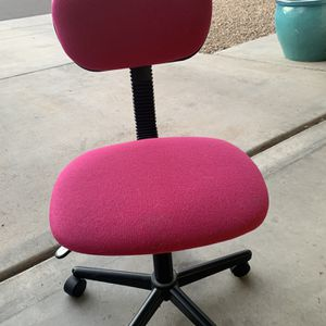 Pink Office Chair for Sale in Phoenix, AZ