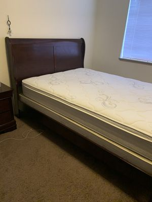 Queen Bed frame for Sale in Tacoma, WA