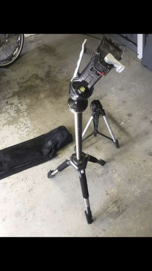 Professional tripods for Sale in Rancho Cucamonga, CA