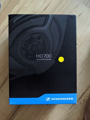 Used Sennheiser HD700 Dynamic Stereo Headphones for Sale in New York, NY