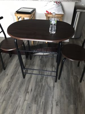 Table and chairs for Sale in Tempe, AZ