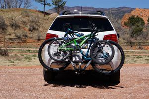 2-Bike Hitch Carrier for Sale in Colorado Springs, CO