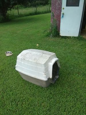 Dog house for Sale in Stanford, KY