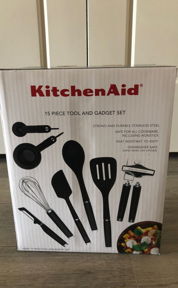 Brand new never used kitchen aid gadgets
