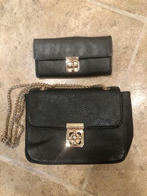 Black purse and matching wallet for Sale in Fenton, MO