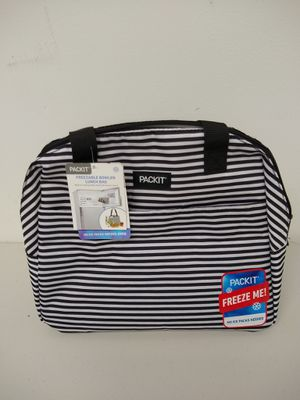 Cooler Bag for Sale in Byron, NY