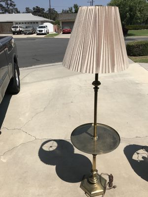 Vintage brass lamp very nice for Sale in Anaheim, CA