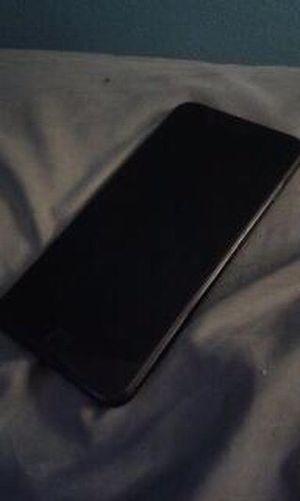 iPhone 7 Plus 32gb Cricket Wireless for Sale in Glenarden, MD