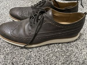 Cole Haan mens size 11.5 air sole oxford lace up shoes brown for Sale in Portland, OR