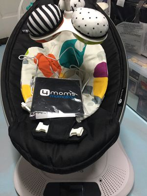 Mamaroo baby swing for sale ! Only $125 like new for Sale in Alexandria, VA