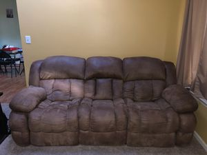 Reclining Couch & Loveseat for Sale in Chesapeake, VA