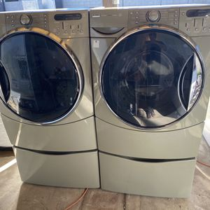 KENMORE ELITE WASHER AND DRYER for Sale in Lake Elsinore, CA